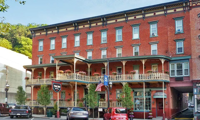 The Inn at Jim Thorpe and 55 - Jim Thorpe: One- or Two-Night Stay at The Inn at Jim Thorpe and 55 in Jim Thorpe, PA