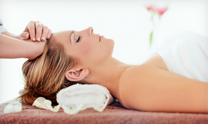 Butterfly Nutrition - Beverly: One or Two Reiki Sessions or One Nutritional Consultation with Optional Reiki Session at Butterfly Nutrition (Half Off)
