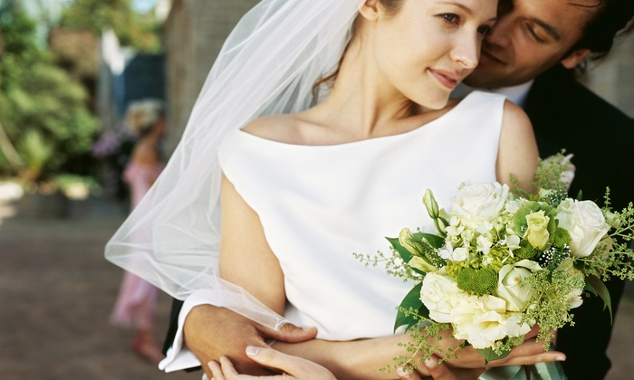 Wedding Landscapes - Kitchener - Waterloo: C$450 for a Gold Package for Wedding Flowers and Decor from Wedding Landscapes (C$1,025 Value)