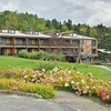 Lakeside Hotel in Mountain Town near Quebec City