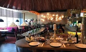 Le Cedre Lounge: Kuchnia libańska: aromatyczny zestaw dań dla 2 osób za 132,99 zł i więcej opcji w Le Cedre Lounge (do -33%)