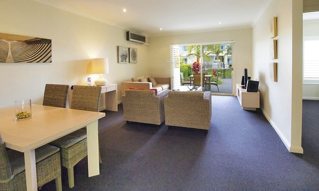 Port Stephens: Lagoon Room Stay 1
