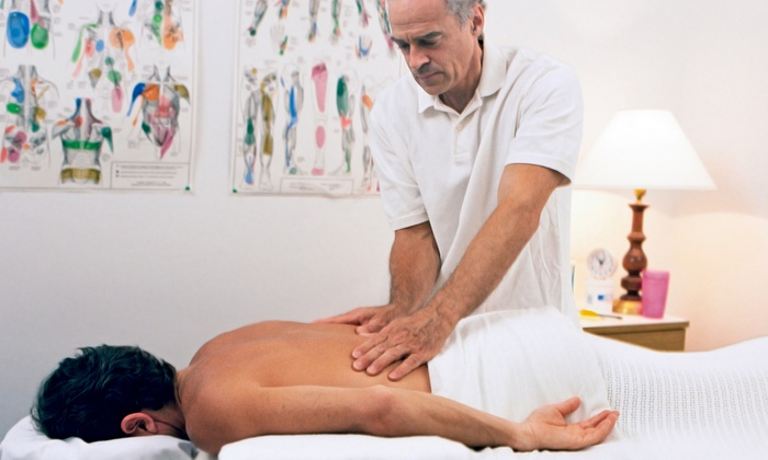 Glendale Chiropractic Life Center - West Glen Community Association: Two, Three, or Four Spinal-Decompression Treatments and One Massage at Glendale Chiropractic Life Center (Up to 96% Off)