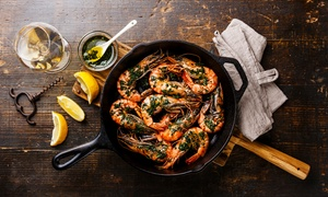 Klässigs Fisch & Meeresfrüchte Spezialitäten: Garnelen vom Grill mit Beilagen und Chardonnay bei Klässigs Fisch & Meeresfrüchte Spezialitäten (bis zu 45% sparen*)