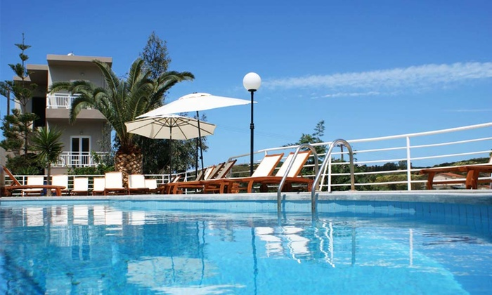 Hotel Pelagia Bay - Merchandising (DK): Kreta: 3, 5 eller 7 overnatninger for to personer med all inclusive eller halvpension fra 1.335,- på Hotel Pelagia Bay