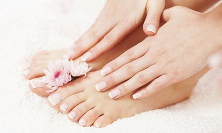 2 sesiones de manicura y/o pedicura con esmaltado normal o semipermanente desde 9,95 € en Nanita Nails Designer
