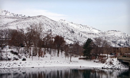 Stay for Two at Lakeview Hotel in Chelan, WA. Dates into March.