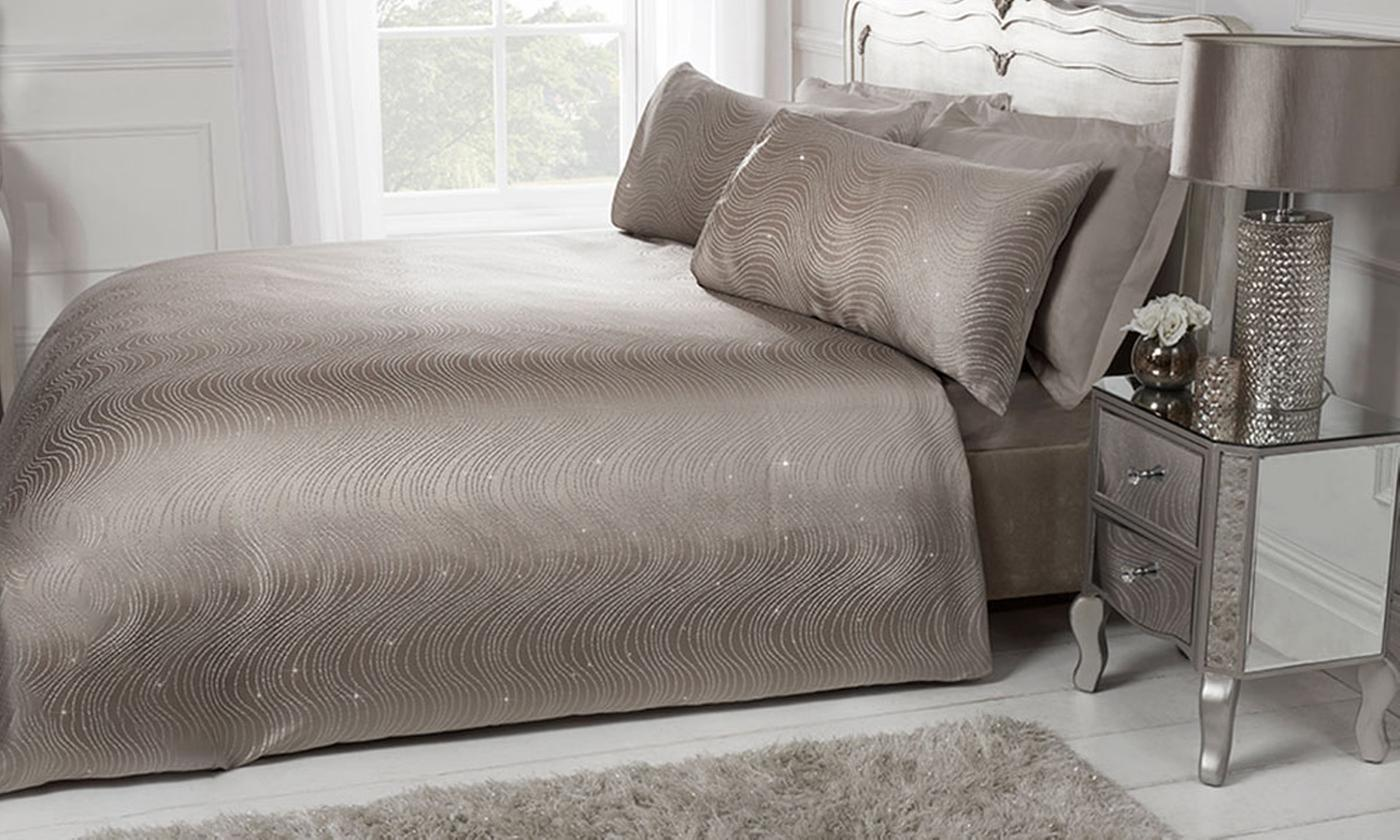 Pieridae Shimmer Jacquard Duvet Set for £14