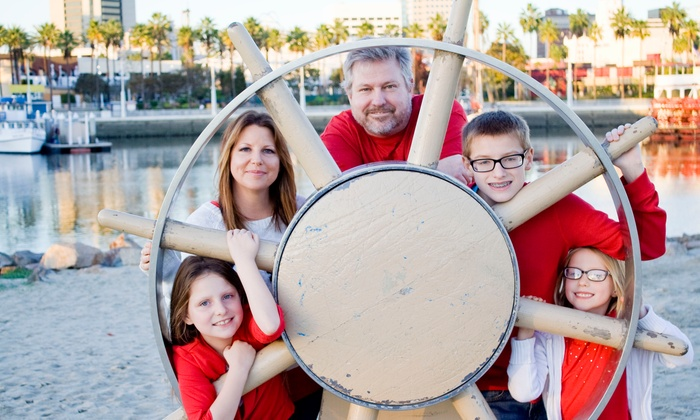 Karen's Photography and Works - Los Angeles: $89 for $400 Worth of On-location Family Portrait at Karen's Photography and Works