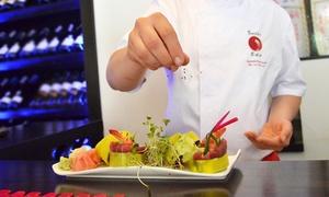 Sushi Edo: Sushi: zestaw 18 szt. (29,99 zł), 30 szt. (od 49,99 zł) lub 48 szt. (85,99 zł) w restauracji Sushi Edo (do -50%)