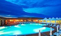 Sardegna 4*: soggiorno di 7 notti per 1 persona con pensione completa al Villaggio Borgo dei Pescatori, agosto incluso