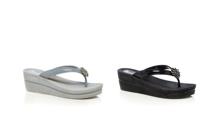 Dizzy Women's Wedge Thong Sandals | Brought to You by ideel