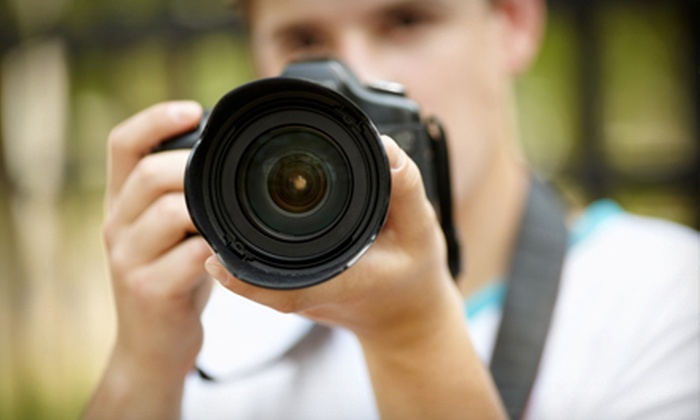 "Bri's Eye Photography - Riverview: $75 for a 60-Minute On-Location Photo Shoot with a DVD and Two 8.5""x11"" Prints from Bri's Eye Photography ($175 Value)"