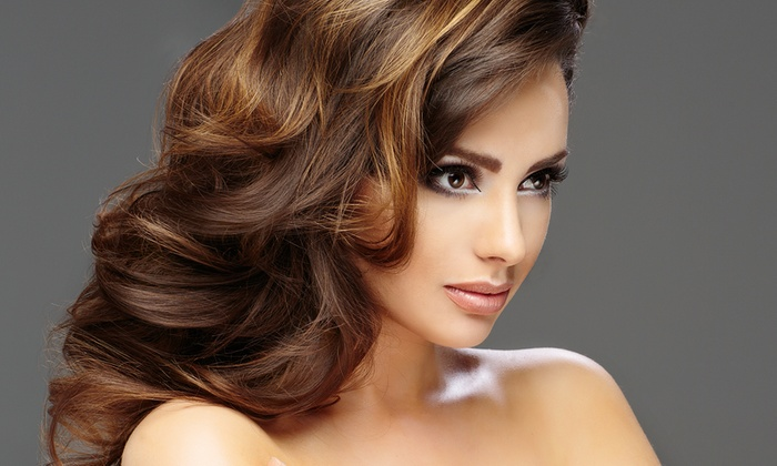 Hair Madame Jolie - Monfalcone (GO): Taglio, colore o in più shatush e ricostruzione (sconto fino a 83%)