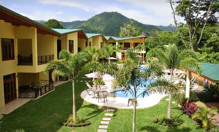 Groupon Deal: Three-, Four-, or Five-Night Stay at Club Del Cielo in Jacó, Costa Rica