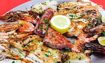 Promozione Enogastronomia & Locali Groupon.it Menu di mare alla carta per 2 o 4 persone al ristorante Divine Follie Pizza Verace (sconto fino a 51%)