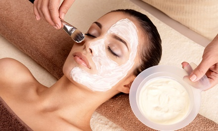 One or Three Facials at LéVonne de Spa (Up to 49% Off)