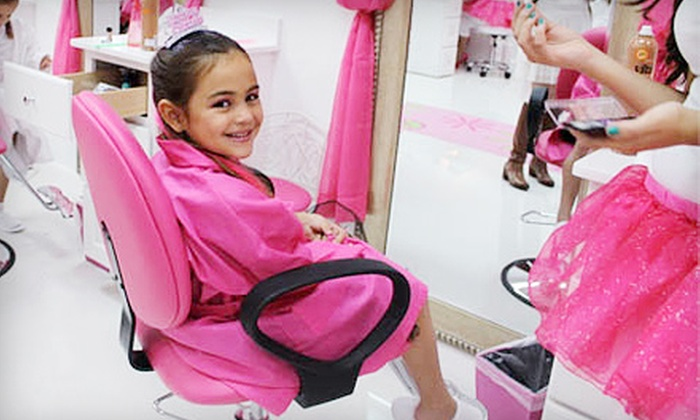 Pink Lemonade Girl's Spa - Aventura: $37 for a Girls' Spa Package with Mani-Pedi, Hairstyling, and Makeup at Pink Lemonade Girl's Spa ($75 Value)