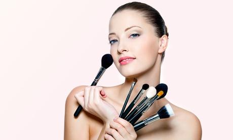 3 Stunden Make-up-Workshop bei Marianne van Eck Kosmetikberaterin und Make-Up Artist in Sion