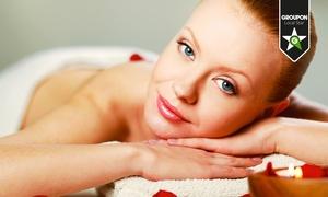 Femme Fatale 2M (Roma): Pulizia viso, manicure, pedicure, ceretta, massagio relax, scrub e pressoterapia (sconto fino a 77%)