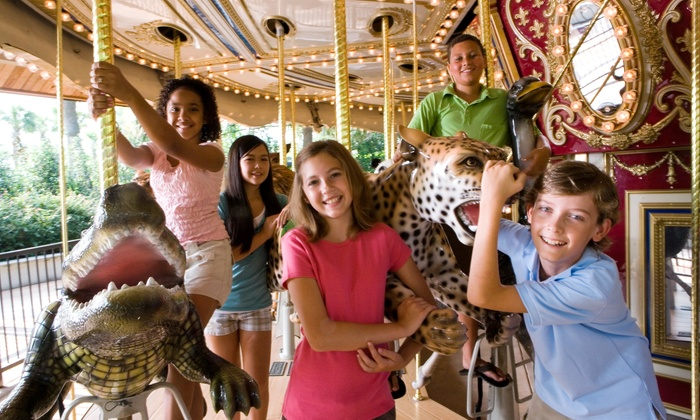 PNC Carousel - North Oakland: $29 for a 2015 Family Season Pass at PNC Carousel ($50 Value)