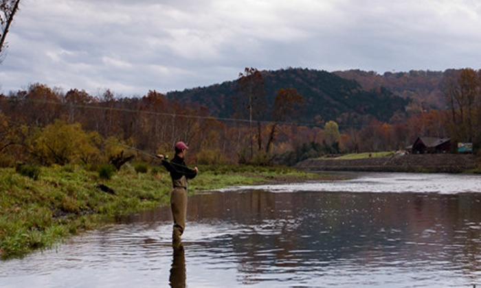 Fly fishing trip flys and guides groupon for Lake taneycomo fishing