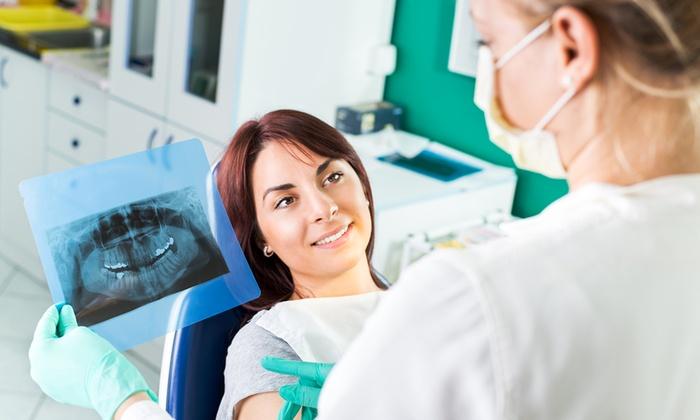 Poliambulatorio Zaccaria - Poliambulatorio Zaccaria SRL: Visita odontoiatrica con smacchiamento air flow e sbiancamento al plasma