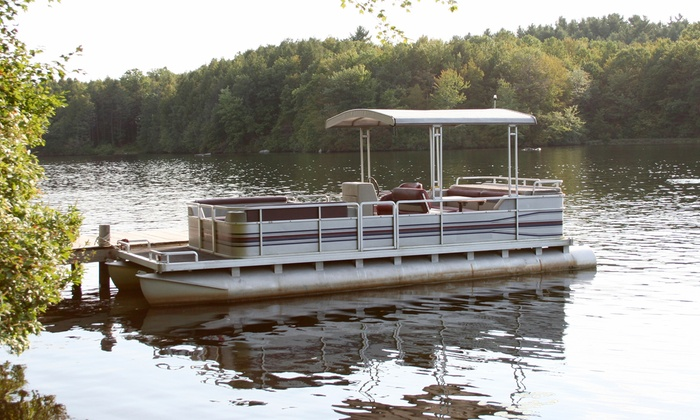 Smokey's Bait Shop - Pewaukee: Three-Hour Pontoon-Boat Rental Monday–Friday for Up to 12 from Smokey's Bait Shop (43% Off).