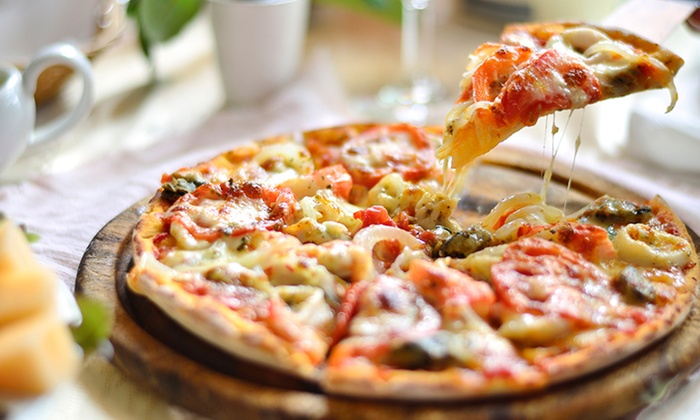 Mama Angie Pizza - Cragin: $12 for $20 Worth of Pizza, Pasta, and Wings at Mama Angie Pizza