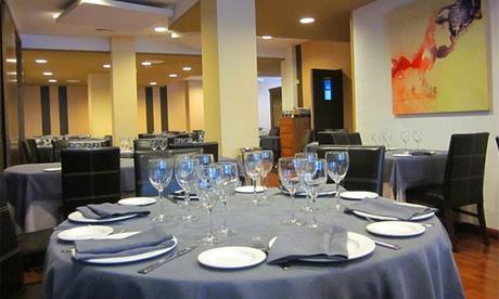 ¡Solo durante 24h! Borjazcutia: carnes y pescados de lonja para 2 o 4 con entrantes, postre y botella de vino 39,90€