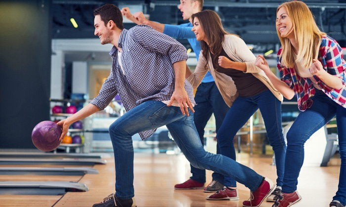 Concourse Bowling Center - Northeast Anaheim: $25 for 90 Minutes of Bowling and Shoes for Up to Four at Concourse Bowling Center (Up to $61 Value)