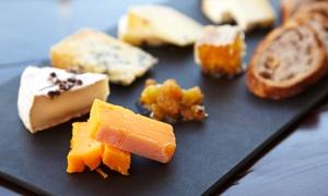O Grand Café: Dégustation d'une planche de charcuterie, avec fromage et verre de vin, pour 2 personnes, à 14,90 € chez O Grand Café