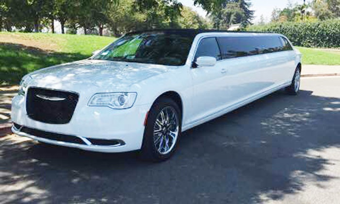 Lavish Limousines - San Francisco: $449 for a Six-Hour Wine Country Limo Tour for Up to 10 from Lavish Limousines ($1,100 Value)