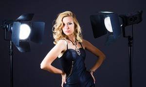 Matthias Weggel Fotografie: Kalender-Fotoshooting Beauty & Fashion oder Dessous & Akt bei Matthias Weggel Fotografie (72% sparen*)