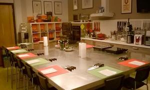 IL SALOTTO DEL GUSTO: Uno o 2 corsi di cucina per una persona o un corso per 2 persone da Il Salotto Del Gusto (sconto fino a 57%)