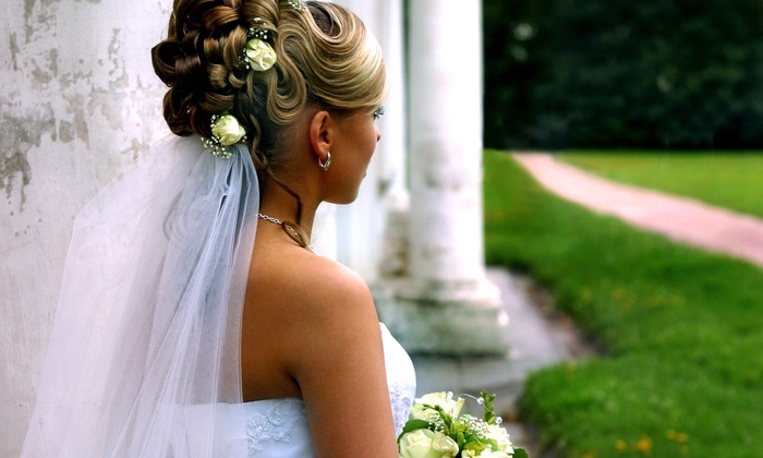 Wedding Steps - Multiple Locations: $8 for Bridal-Show Admission for Two from Wedding Steps ($16 Value). Eight Shows Available.