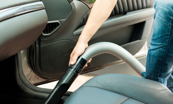 Lavage complet de votre auto ak clean car groupon for Lavage auto interieur