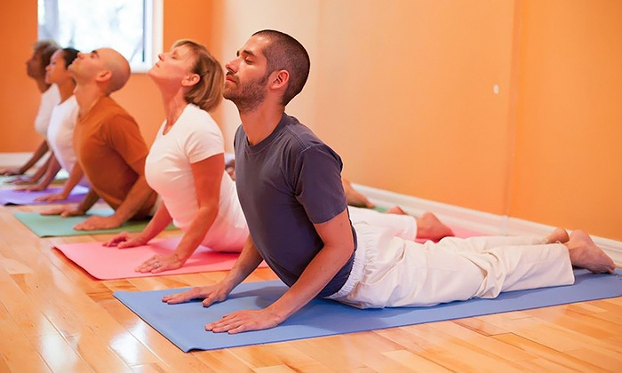 Sivananda Yoga Vedanta Center - Chelsea: Eight- or Six-Class Complete Yoga Beginners' Course at Sivananda Yoga Vedanta Center (Up to 51% Off)