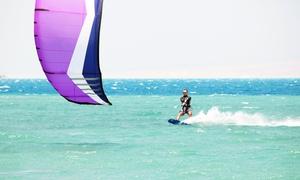 Asd Kite Zone: 3 lezioni kitesurf per principianti per una o 2 persone all'Associazione sportiva dilettantistica Kite Zone (sconto 76%)