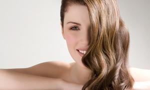 Il Bello Delle Donne: Shampoo, taglio, piega e fino a 3 trattamenti a scelta al salone Il Bello Delle Donne (sconto fino a 73%)
