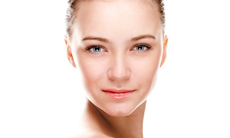 Fadenlifting mit 6 oder 12 Fäden bei Heilpraktikerin Ariane Ommert bei Medical Beauty Wiesbaden (bis zu 38% sparen*)
