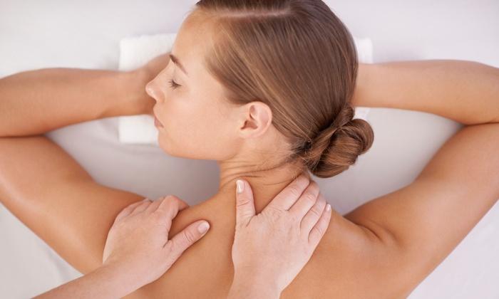Viride Massage & Bodywork Studio - Wheaton: $35 for a 60-Minute Massage with Aromatherapy at Viride Massage & Bodywork Studio ($75 Value)