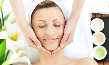 1x oder 2x 60 Min. Gesichtsbehandlung inkl. Nackenmassage im Kosmetik Studio Yvonne Machowski (bis zu 64% sparen*)