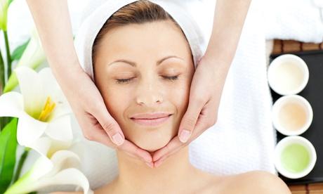 1 oder 2 Jet Peel-Gesichtsbehandlungen mit Hyaluronmaske und Enzympeeling bei JOVEODERM (bis zu 70% sparen*)