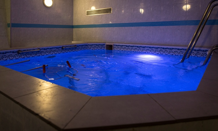Institut cellulite aquagym jusqu 39 33 paris idf groupon for Aquagym piscine paris