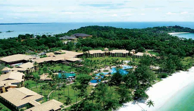 Bintan: 4* Nirwana Resort + Ferry 5