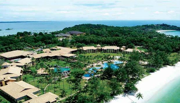 Bintan: 4* Nirwana Resort + Ferry 5