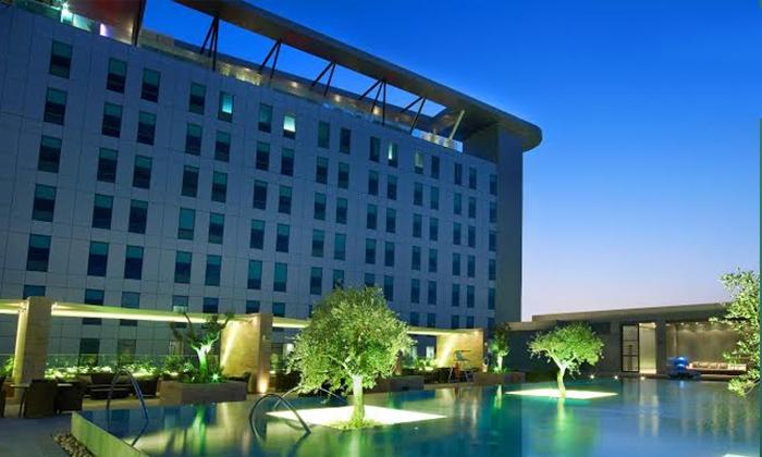 Health Club - Aloft - Health Club - Aloft: Weekday Pool Access or Three-Month Pool and Health Club Membership with Buffet at Aloft Abu Dhabi (Up to 55% Off)