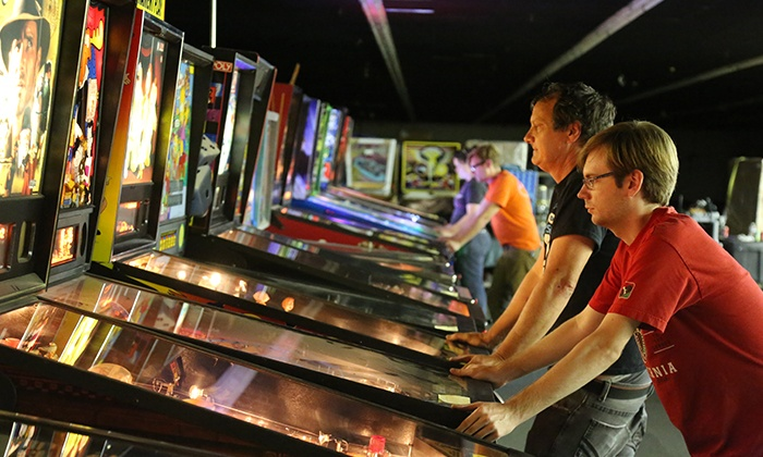 Arcade Expo - Banning: Entry to the Arcade Expo Gaming Festival for Two or Four Adults on January 15 (Up to 51% Off)