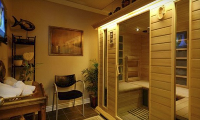 O2 Wellness - San Clemente: Three or Five 30-Minute Infrared-Sauna Sessions at O2 Wellness (Up to 68% Off)